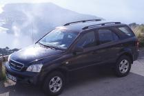Car Rental : 4 wheel drive/5 seater
